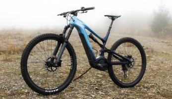 Test: Cannodale Moterra Neo Carbon 2 - ostré enduro a navíc s motorem