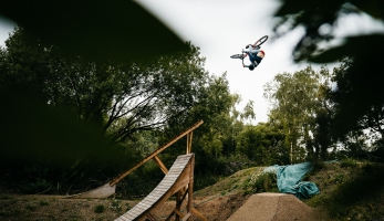 Video: Tom Isted - Dirt Jump Dreamland