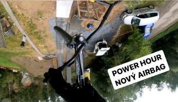 Video: Tomáš Zejda - Power hour na novém airbag spotu