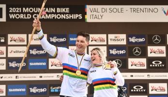 MS Val di Sole v kostce - Minnaar získává čtvrtý titul, Češi dvě medaile z 4X