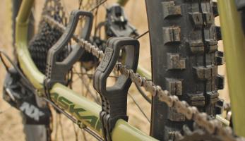 Test: STFU Bike - zkrotí řetěz a ztiší kolo