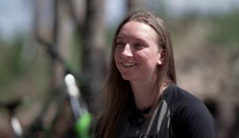 Video: Have Fun - Stay Safe - jak helma zachránila Kristýně Havlické život
