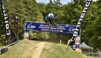 Report: Sjezdaři na mistrovství Evropy vybojovali medaile