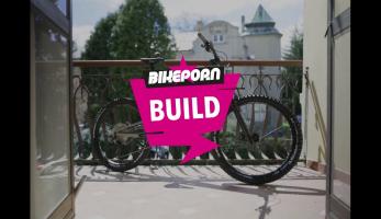Video: Bikeporn Build - Nukeproof Giga 275 Comp Carbon