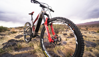 Bikecheck: Tyler McCaul aktuálně sedlá GT-E Force Amp